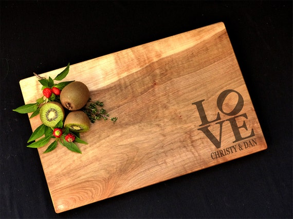 Personalized Cutting Board Maple - Love Design Custom Cutting Board - Wedding Cutting Board - Anniversary Cutting Board - Love Sculpture