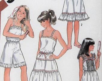 Girls Slip Sewing Pattern UNCUT Simplicity 5804 Size 14 camisole half slip