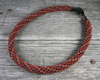 Beadweaving: Netted Necklace in Red/Black/Orange