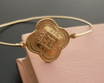 Clover Bracelet, Clover Jewelry, Thin Bracelet, Thin Bangle, Clover Bangle, Medieval Bracelet, Thin Gold Bracelet, Thin Gold Bangle, Kailana