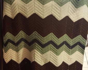 4 color cheveron blanket