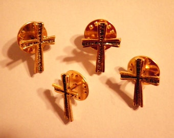 4 Vintage Goldplated Cross Pins