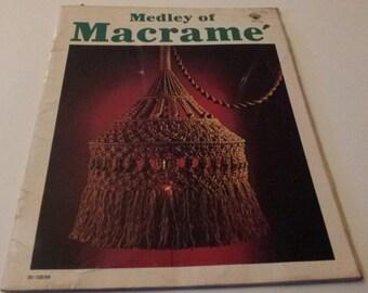Medley of Macrame, Macrame Instruction Booklet of great designs, Vintage 1977