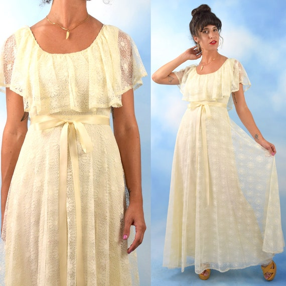 Vintage 70s True Romance Ivory Daisy Lace A-Line Maxi Dress (size small, medium)