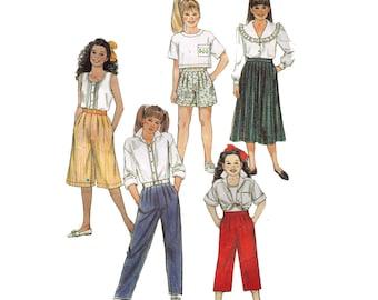 Simplicity 9437, sewing pattern, size 12 girl's shorts pattern, pants pattern, pleated pants, side pockets