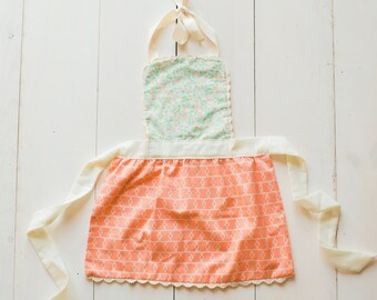 Children's Apron - Vintage Style Girl Apron - Peach and Aqua Apron - Little Girl Apron - Toddler Girl Apron