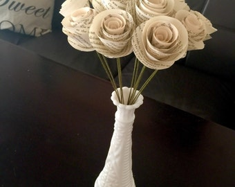 Book Page Flowers, Book Flowers, Paper Rose Bouquet, Paper Roses, Wedding, Paper Anniversary Gift, Book Themed, Book Lover Gift