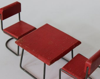 Mid Century Modern Metal and Wood Patio Table and Chairs Furniture Danish Modern Table Chairs Outdoor Doll House Furniture