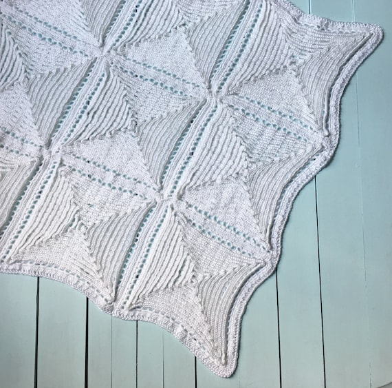 Traditional Christening Baby Blanket Crochet Pattern Old Fashioned