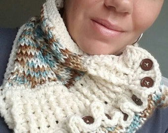 Cowl/infinity scarf/ blue and cream cowl/ scarf/ ruffled cowls / scarf