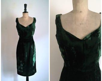 Vintage 50's Pencil Midi Dark Green Velvet Dress / Medium Size