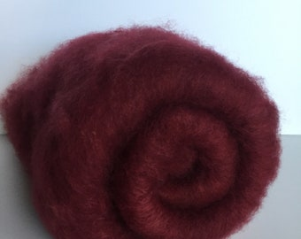 Red Romney carded batt