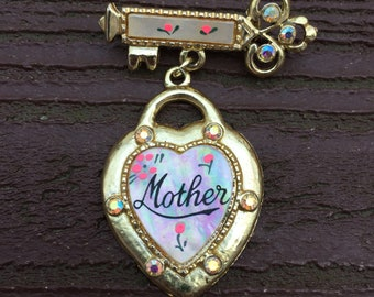 Vintage Jewelry Mother's Day Mother of Pearl Key to My Heart Pin Brooch