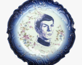 Spock Flow Blue Portrait Plate 12.5""