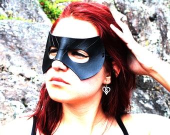 Black Canary Mask / Arrow Mask / Leather Mask / Sara Lance / Black Canary / Arrow Cosplay / Black Canary Costume / Superhero Mask / Mask