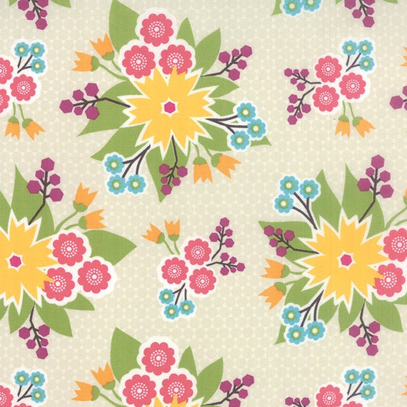 Meadow Bloom April Rosenthal Prairie Grass Quilt Fabric With Flowers And Hexagon Background In Soft Retro Beige Grey By The Yard 24020 11