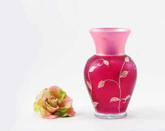 Hand painted glass vase, Pink vase, Mother's Day gift, Gift for mom, Gift for her, Flower vase, Home decor