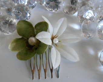 Garden green and white wedding hair comb