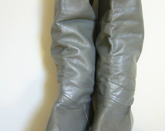 Vintage TALL BOOTS in GREY Leather/Size 6.5-7