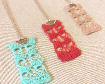Necklace Fine lace crochet resin chain rose gold gold filled