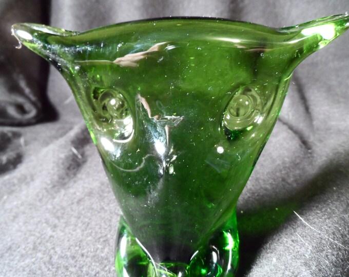 Owl figurine-Art Glass-Green Glass Owl-Blenko Glass Green Owl Figurine