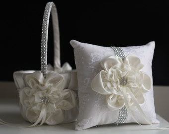 Ivory Wedding Basket / Ivory Ring Pillow / Ivory Ring Bearer Pillow / Ivory flower Girl Basket / Ivory Silver Bearer / Lace Wedding Pillow
