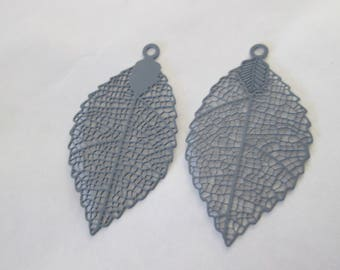 2 leaf prints grey 40 x 21 mm