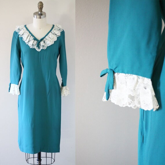 1960s teal day dress // 1960s lace dress // vintage dress