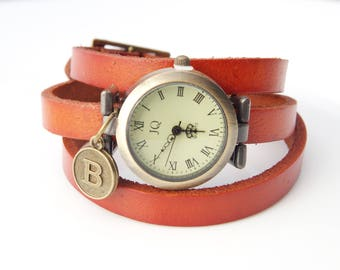 Personalized watch Rustic leather watch Gift for women's Handstamped gift Three laps wrist watch Vintage initial watch Personalized gift