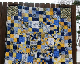 Toile Quilt, White and Blue Quilt