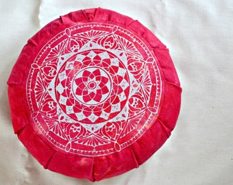 Meditation pillow * Eco-friendly buckwheat hull filling* hand dyed* sacred geometry*Red