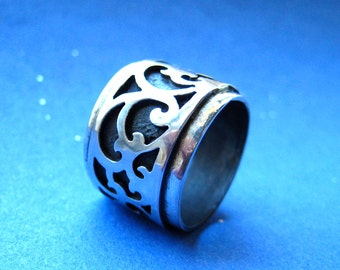 Japanese Style Scrollwork Sterling Silver Ring