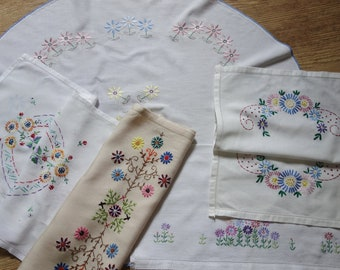 collection vintage embroidered items inc daisy hand towel
