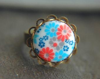 Mod Floral Ring Vintage Czech Glass Flower Cabochon Adjustable  - Retro Garden