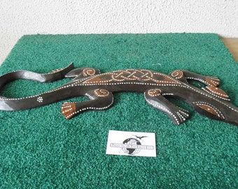 Hand Carved / Painted Wood Lizard