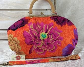 Handmade handbag purse kiss clasp Betty frame bag Alexander Henry Brocade Peony flowers
