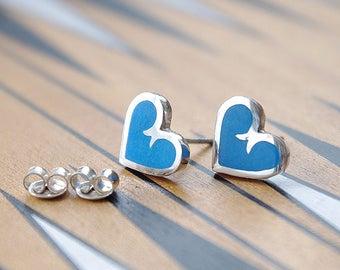 Boucles d'oreilles argentées. Fait à la main en argent sterling boucles d'oreilles bijoux ennamel.