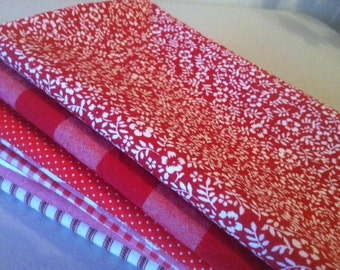 Red and White Cloth Napkins, by CHOW with ME