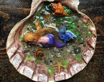 LG Clam Shell Tide Pool Jewelry Display Dish - Realistic Underwater world with baby mermaid Sculpture - Crystals bubbles shells magic