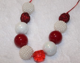 Chunky Bubblegum Necklace - Red/White