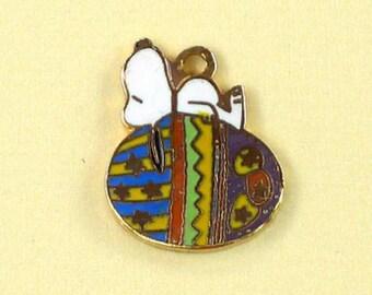 Aviva Vintage Snoopy on Easter Egg Charm  Enamel Cloisonne 0085