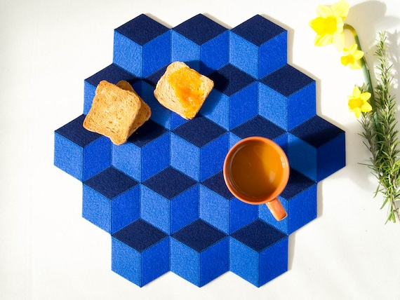 Large table mat / wool felt / blue / blue table mat / wool felt mat / stylish table mat / handmade / made in Italy