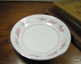 Diamond China - Pageant - Dessert Bowl - Pink Roses - Gray Leaves - Platinum Accent