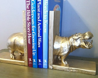 Animal Book Ends