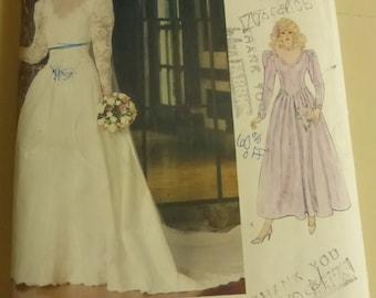 Vintage Vogue 1092 Bridal Original  Misses Size 10 Factory Fold