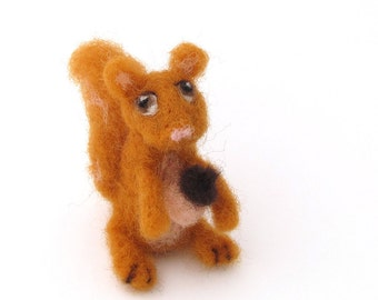 Needle felted Squirrel, Woodland animal, wool felt squirrel soft sculpture
