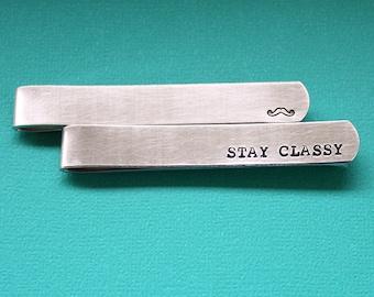 Handgestempelt Traverse - personalisierte Krawattenklammer - benutzerdefinierte Papa Geschenk - Aufenthalt edel - Schnurrbart - Vatertagsgeschenk