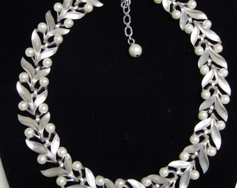 Trifari Faux Pearls Brushed Silver Tone Choker Necklace, Wedding Necklace, Prom Necklace