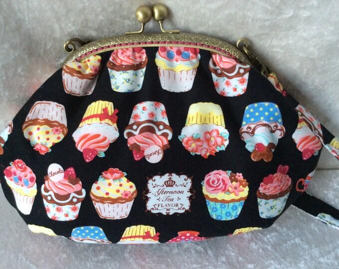 Cupcakes Fabric purse bag frame handbag fabric clutch shoulder bag frame purse kiss clasp bag Handmade
