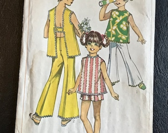 Girls Boho Sewing Pattern / Vintage 1960s Child's / Girl's Pants, Shorts & Top w/Rick Rack Trim / Size 6 Breast 25 / Simplicity 8170